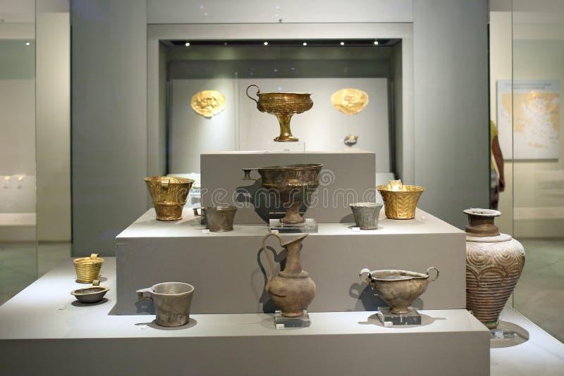 Oro Mycenaean en el museo de la arqueología, Atenas, Grecia foto de archivo
