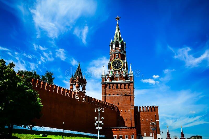 Orologio chiming del Kremlin della torretta di Spasskaya Mosca, Russia fotografie stock libere da diritti