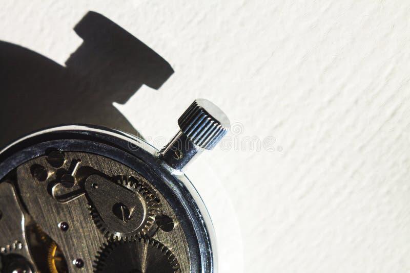 Orologio da tasca ed ombra 4 immagine stock