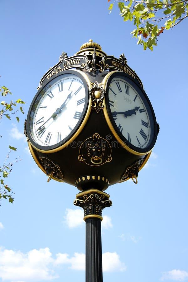 Orologio decorativo a Bucarest, Romania fotografie stock