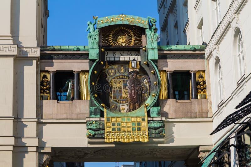Orologio di Ankeruhr a Vienna immagine stock