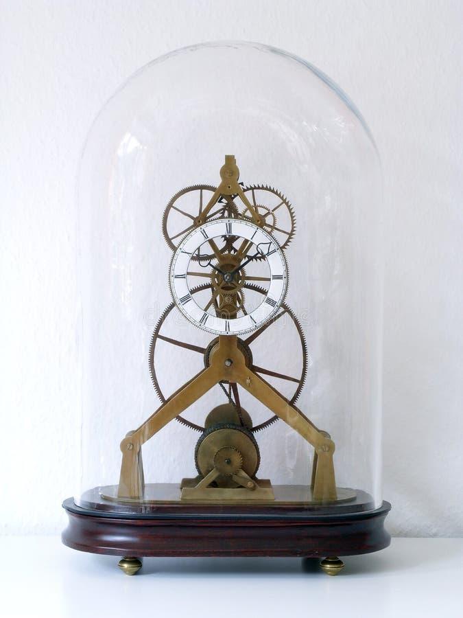 Orologio di scheletro immagini stock libere da diritti
