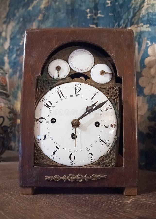 Orologio di tavola antico fotografia stock libera da diritti