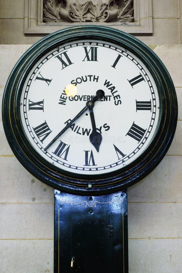 Orologio storico, stazione ferroviaria centrale, Sydney, Australia fotografia stock libera da diritti