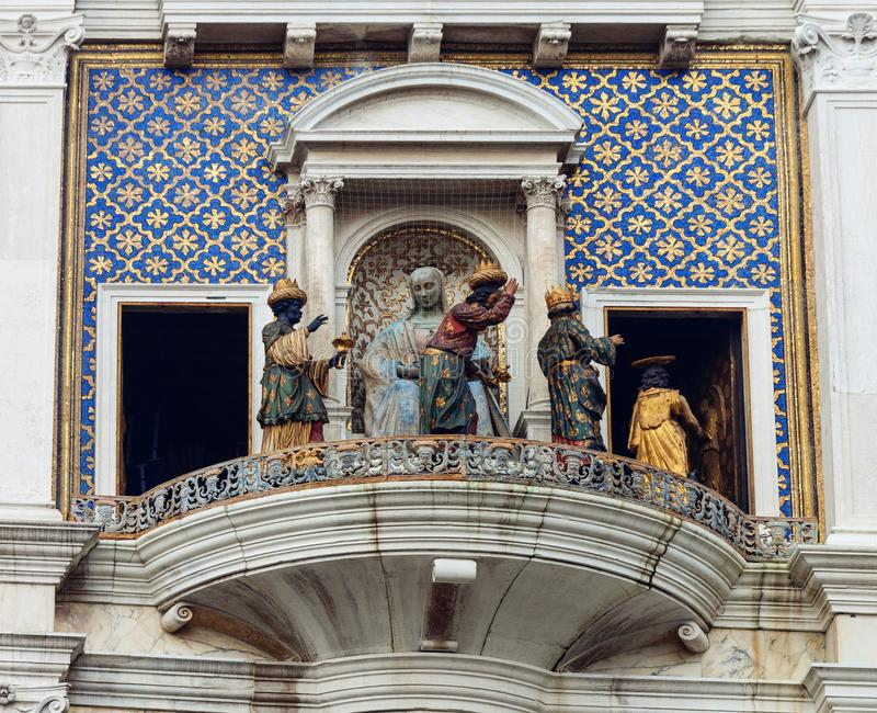 ` Orologio, Venedig, Italien för dell för klockatorn eller Torre fotografering för bildbyråer