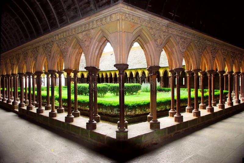 Orphie de cloître de Saint Michel de Mont image stock