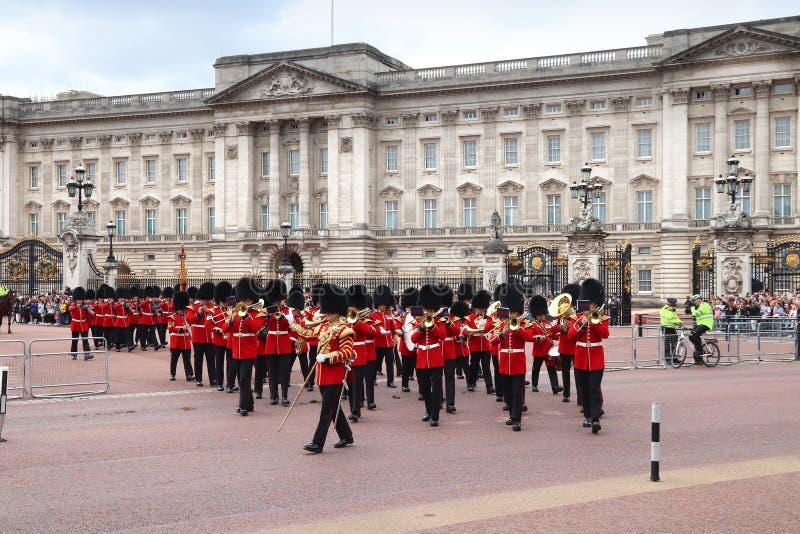 Orquesta real de los guardias imagenes de archivo