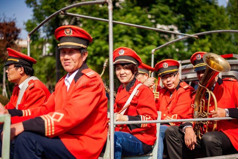 Orquesta tradicional china de la ceremonia de boda foto de archivo