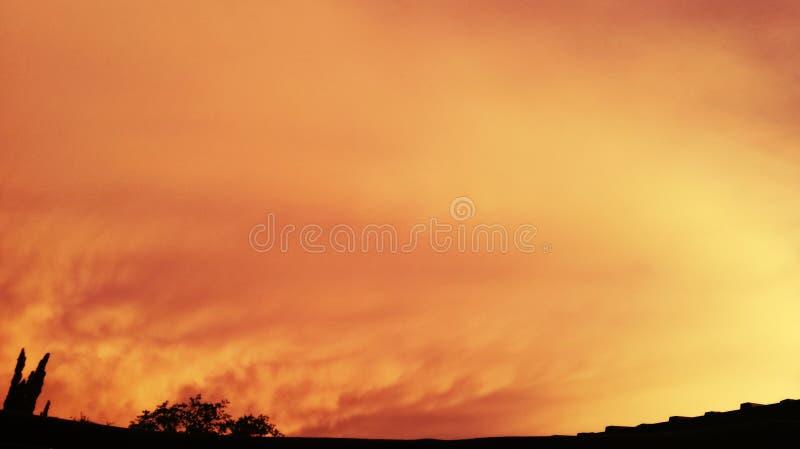 Orrange himlar i SA royaltyfri fotografi