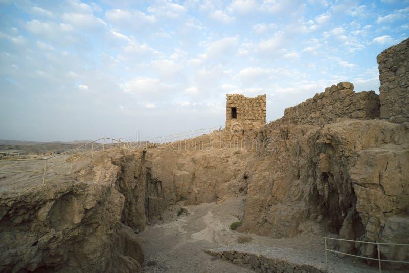 Ort der Aushöhlung in Masada-Komplex stockfoto