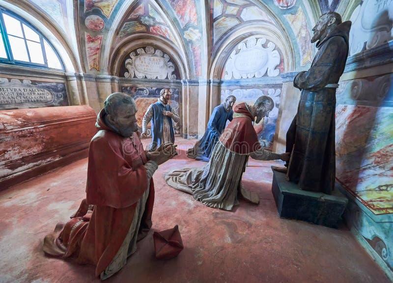 ORTA SAN GIULIO, ITALY/NOVARA - 6 AOÛT 2017 : Détail d'une des 21 chapelles sacrées du Sacro Monte di Orta Piedmont, de photo stock