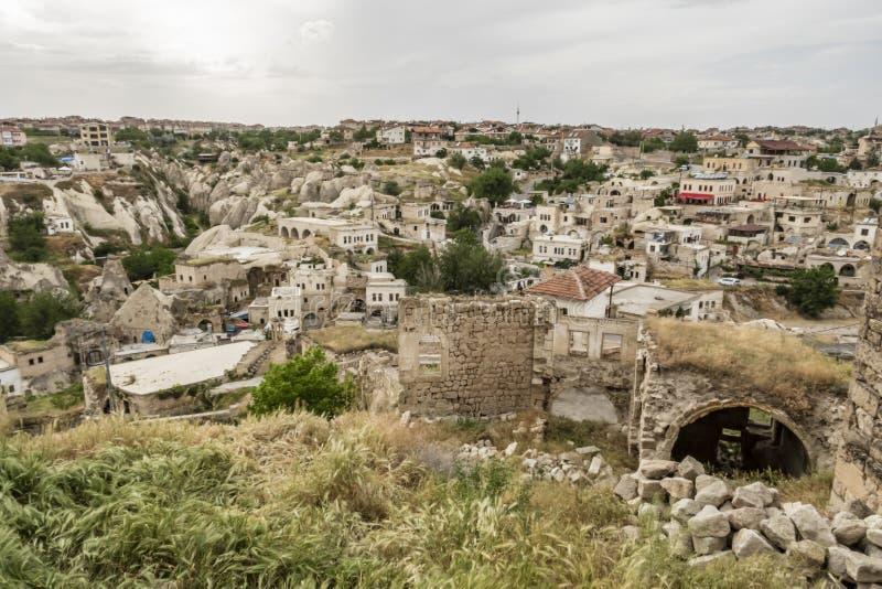 Ortahisar ist eine kleine und touristische Stadt in urgup Bezirk von Nevsehir-Provinz Panoramisch konkurrieren Sie lizenzfreie stockfotografie