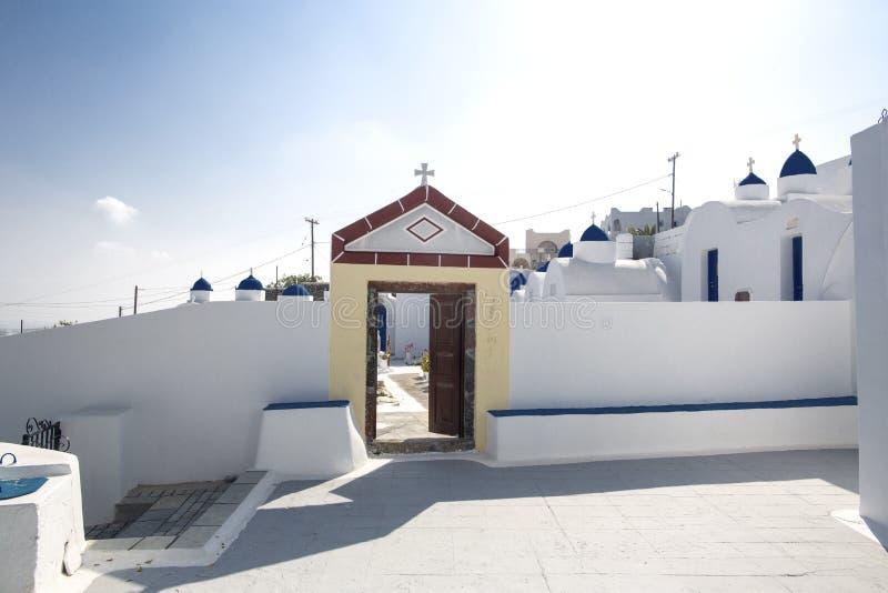 Orthodoxe begraafplaats op het Eiland Santorini, Griekenland Santorini, de Eilanden van Cycladen, Griekenland, Europa royalty-vrije stock fotografie