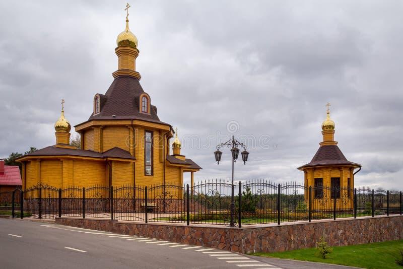 Orthodoxe houten kerk wit-rusland royalty-vrije stock afbeeldingen