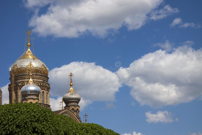 Orthodoxe kathedraal in heilige-Petersburg stock foto's