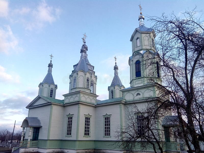 orthodoxe Kirche in Lukashi-Dorf (Ukraine) stockfotos