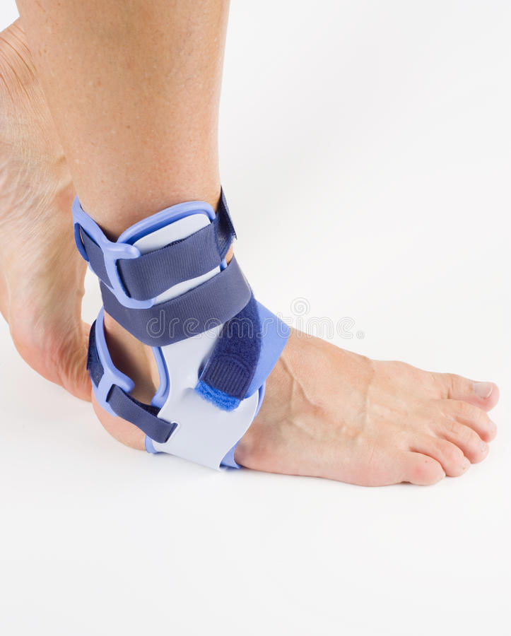 Orthosis stabilisant, pieds de support photographie stock libre de droits