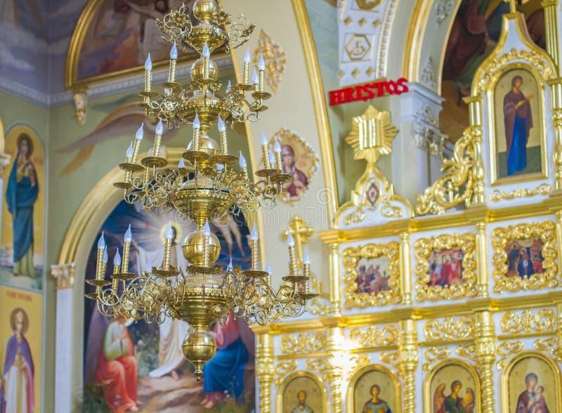 Ortodoksalnego kościół wnętrze z ikonami i lampą obrazy royalty free