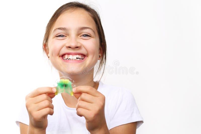 Ortodontia, sorriso bonito imagens de stock royalty free