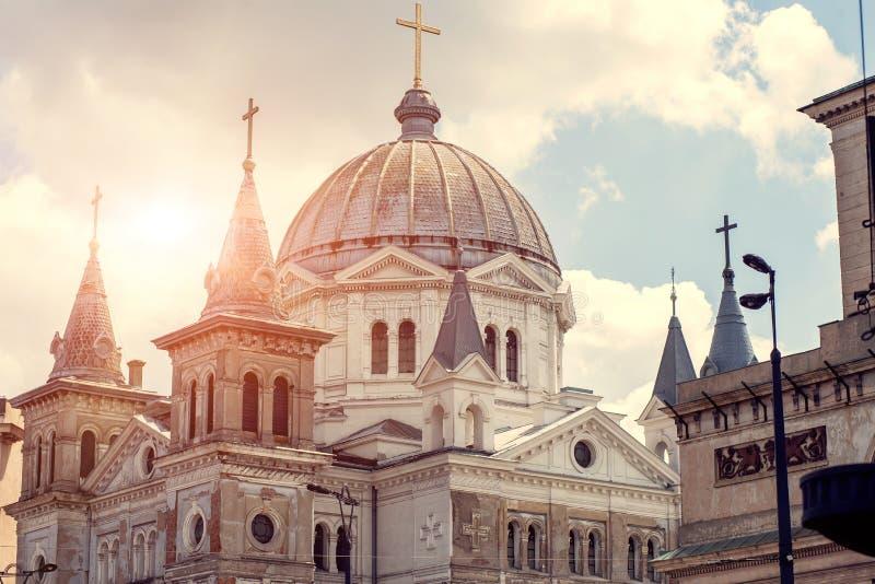 ortodoxa kyrkliga kupoler royaltyfria foton