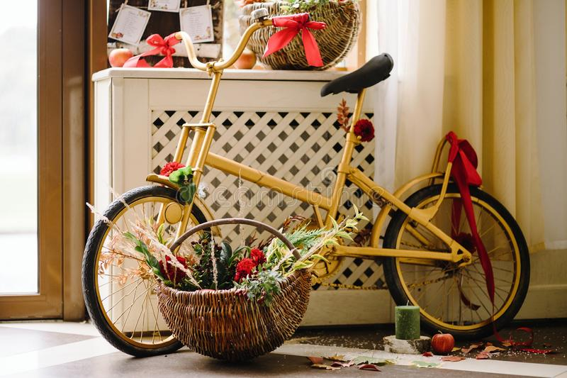 Oryginalna ślubna kwiecista dekoracja Jesieni dekoracja, dekoracja obraz stock