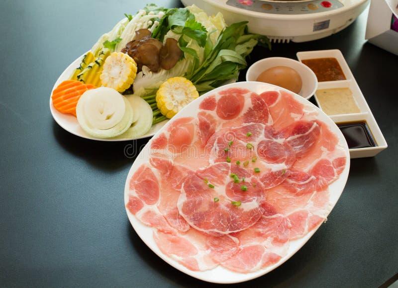 Os alimentos frescos para o shabu quente imagens de stock