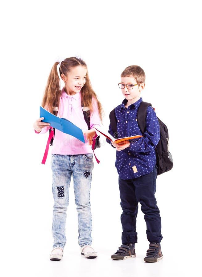 Os alunos estão prontos para a escola imagens de stock