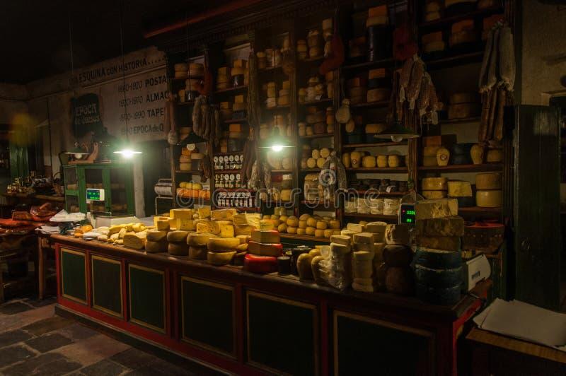 Os amantes do queijo e da carne não serão desapontados em Tandil, Argentin foto de stock royalty free