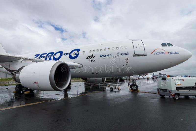Os aviões para simular a gravidade zero Airbus A310 ZERO-G dos efeitos imagens de stock royalty free