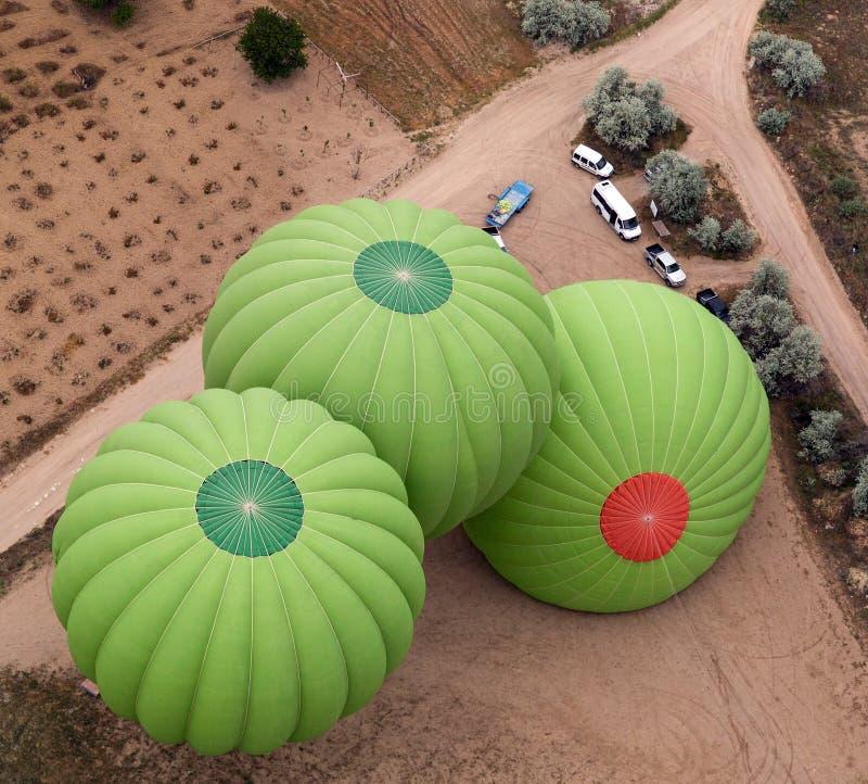 Os balões preparam-se para o liftoff imagem de stock