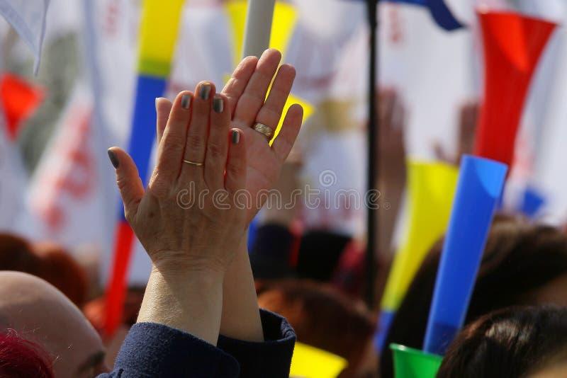 Os caixeiros de corte a reunião do protesto do sindicato - Bucareste, Romênia fotos de stock royalty free