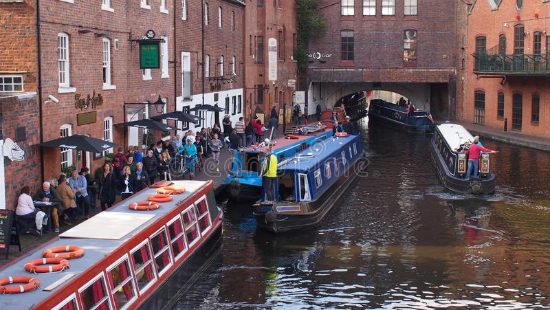 Os canais em Birmingham, Inglaterra fotografia de stock