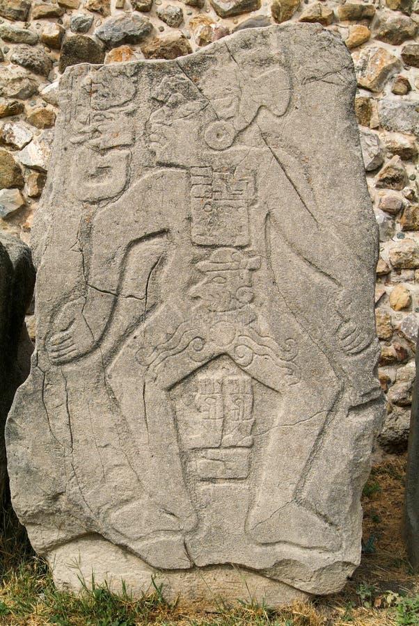 Os Carvings detalham nas ruínas maias da cidade em Monte Alban imagem de stock royalty free