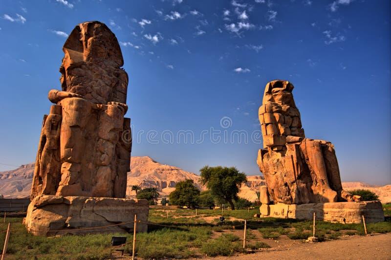 Os Colossi de Memnon. Luxor, Egipto imagens de stock royalty free