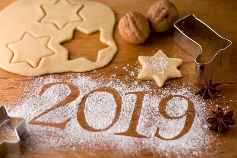Os cumprimentos 2019 de ano novo fotografia de stock royalty free
