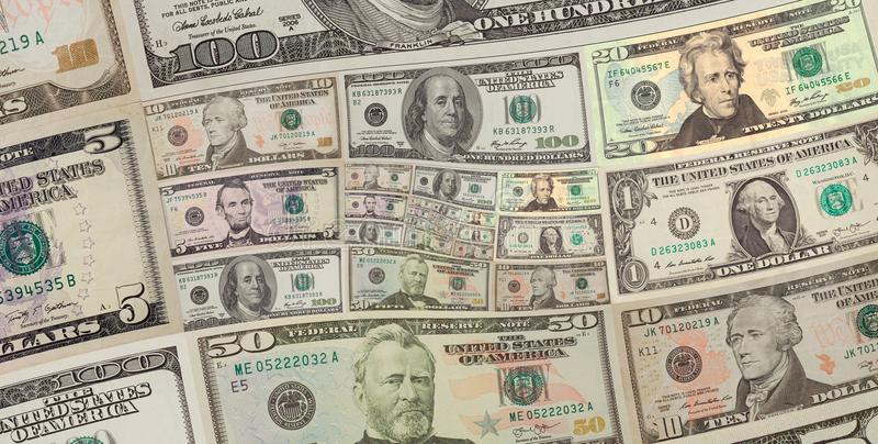 Os dólares americanos do dinheiro esquadram o fundo espiral cem, cinqüênta dólares de cédulas Teste padrão abstrato do fundo dos  fotografia de stock royalty free