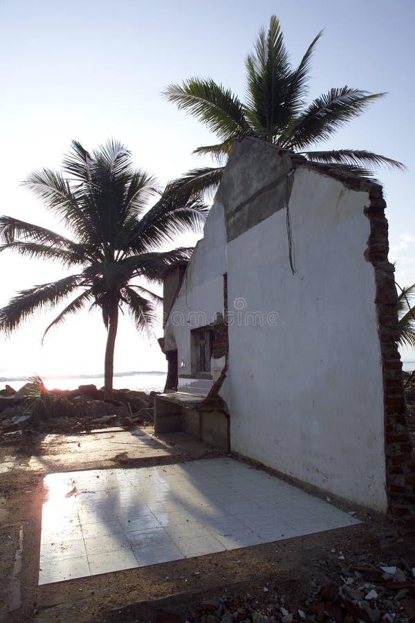Os danos do tsunami em Sri Lanka fotos de stock