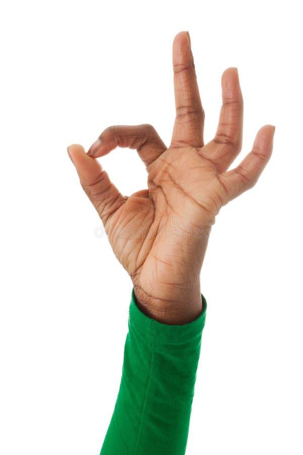 Os dedos formam o sinal aprovado imagens de stock royalty free
