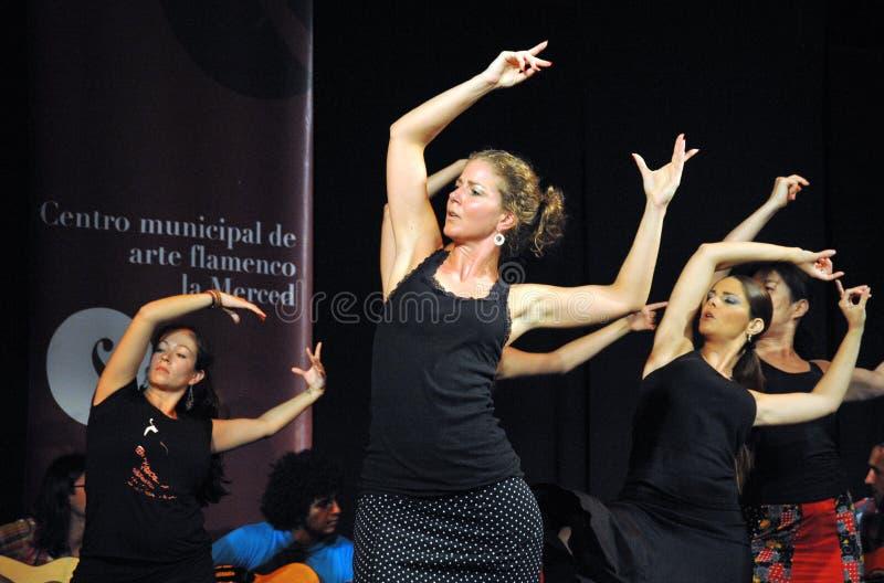 Os desempenhos dos dançarinos na arte do flamenco do ` de Merced do La do ` centram-se em Cadiz fotos de stock royalty free