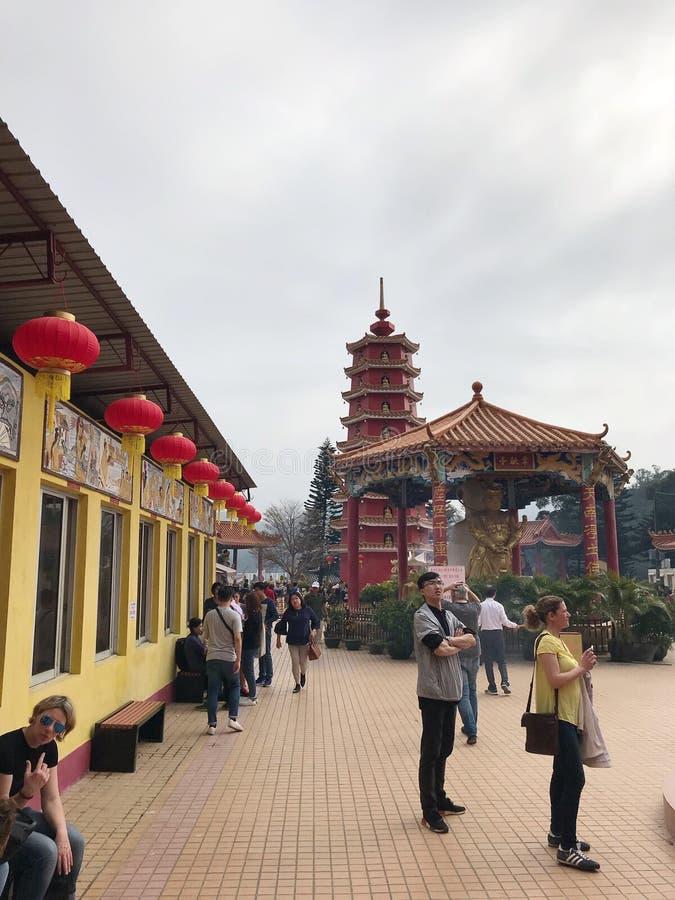 Os dez mil monast?rios das Budas, s?o um templo budista dos mediados do s?culo XIX situado na lata de Sha, Hong Kong imagens de stock