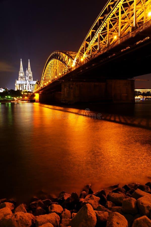 Os DOM de Koln, Alemanha imagens de stock royalty free
