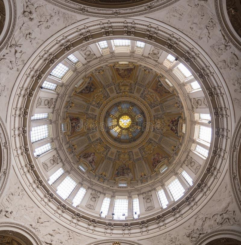 Os DOM do berlinês - catedral de Berlim, Alemanha fotografia de stock