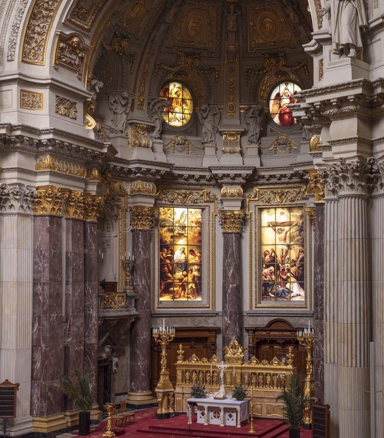Os DOM do berlinês - catedral de Berlim, Alemanha imagem de stock
