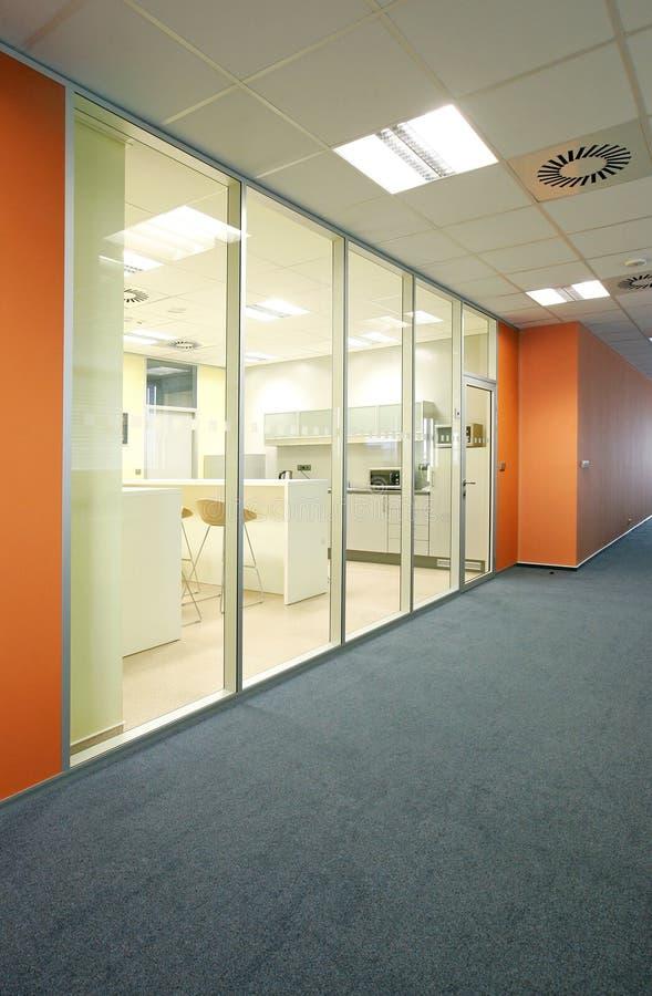 Os espaços de escritórios imagens de stock royalty free