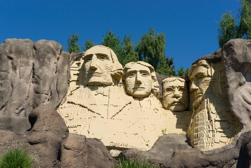 Os fundadores em tijolos de LEGO foto de stock