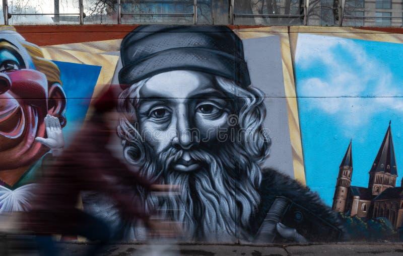 Os grafittis de Gutenberg pintaram a parede em Mainz Alemanha imagens de stock royalty free