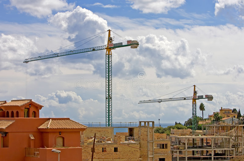 Os guindastes e o contruction funcionam em Spain imagem de stock royalty free