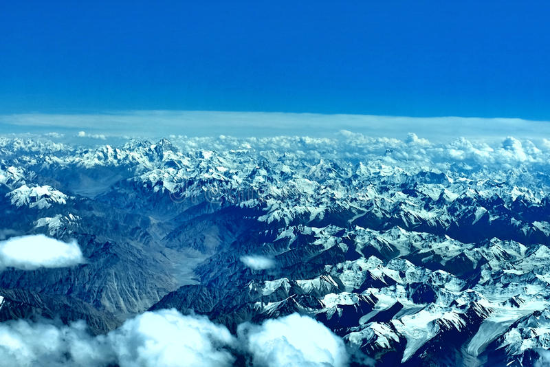 Os himalayas com o k2 foto de stock royalty free