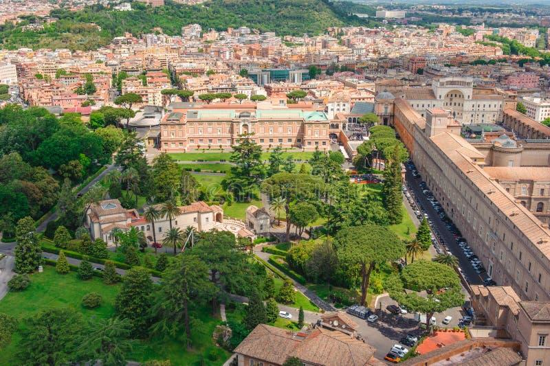 Os jardins do Vaticano da abóbada fotos de stock
