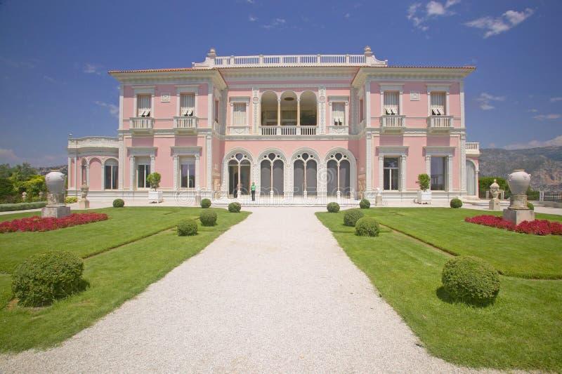 Os jardins e a Casa de campo Ephrussi de Rothschild, Saint Jean Cap Ferrat, França foto de stock